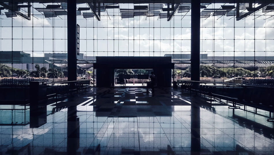 Changiairport Airport Reflections EyeEm Best Shots Symmetry Eyeem Singapore Travel Singapore Lines Empty I Love My City
