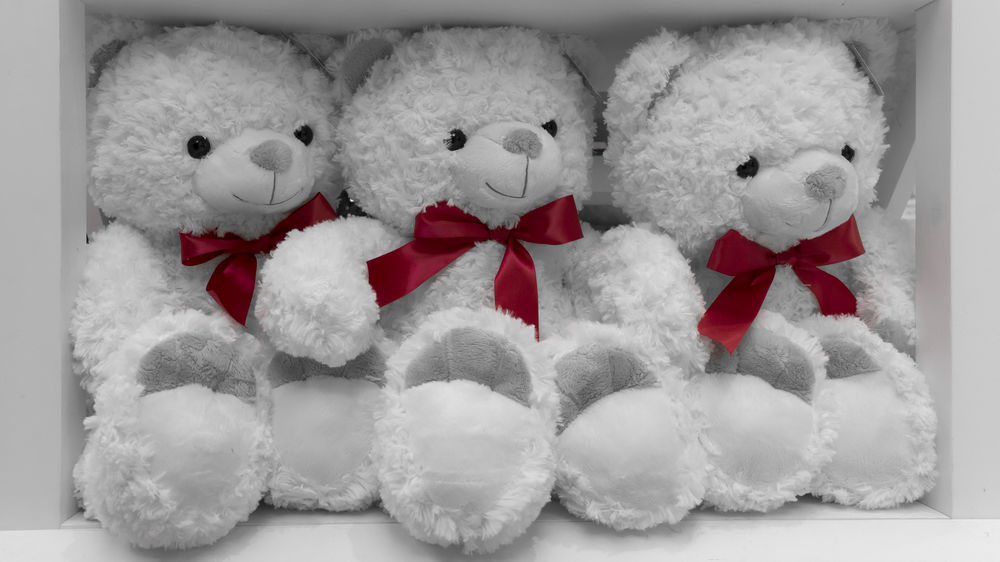 Bay Bear Children Christmas Close-up Cute Feeling Of Security For Children Gift Gift Shop Gifts Gifts ❤ Giftshop Indoors  Red Red Bow Red Bows Security Softness Sweet Teddy Bear Teddy Bear 🐻 Teddy Bears White Color Winter