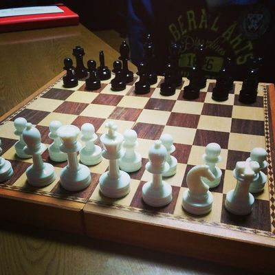 I play chess w/ dad♚♛♞♝♜♟ Chess With Dad Difficult butenjoymidnight?