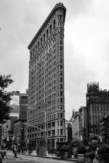 New York City Streetphoto_bw Black And White Flatiron Building Flatironbuilding New York Blackandwhite Photography Architecture_collection Eyemphotography Newyorkcity