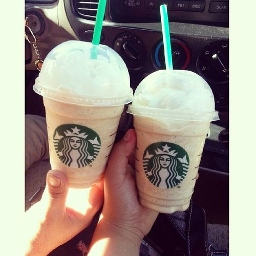 Had Starbucks with momma. ? Starbucks Momma Shefunny ❤
