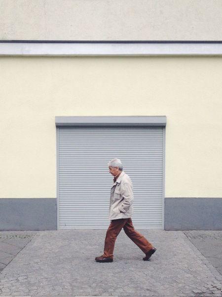 Strideby Berlin Capture The Moment Framed Frame Minimalism Streetphotography Minimalist Architecture Walking Minimalobsession
