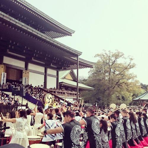 初めて来たけど、すごい迫力。厚というか衝撃波みたいなのがくる。まだリハーサルなのにね。Naritasan Shinshoji Temple-大本山成田山 太鼓祭り