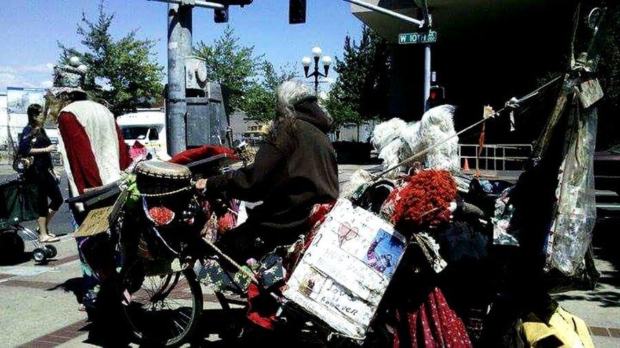 Eugene has its days Downtown Crazys Biking Around Home Sweet Home Oregon #urbanana: The Urban Playground