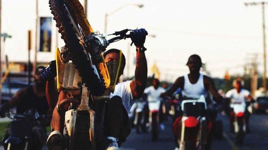 Cross Bitume Bike Ride Wheelie
