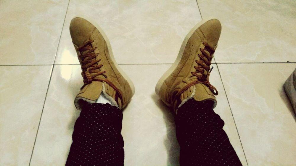 my new shoes! Skateboarding Enjoying Life
