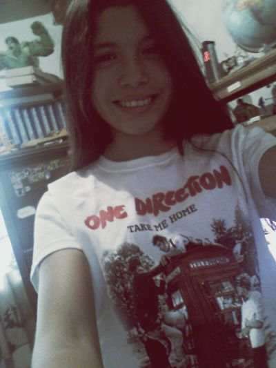Me One Direction.  Uglyyyy Facee Happy.