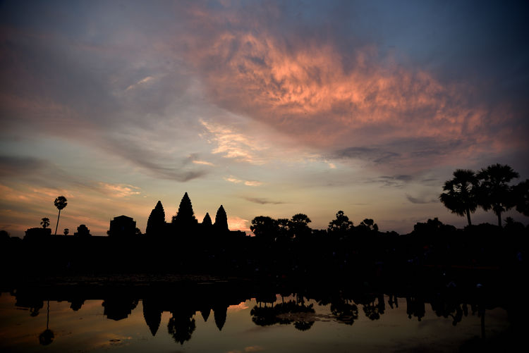 Morning Clouds Architecture Reflection Water Sunset Nature Sky Tree Silhouette Gorgeous Outdoors Religion Lake Cambodia Plant Waterfront Travel Photography Angkor Cloudscape Beauty In Nature No People EyeEm Nature Lover Belief EyeEm Gallery Impressive Nikonphotographer Dusk Colours Travel Destinations Dusk In The Country Cloud - Sky Building Exterior Built Structure Nikondeutschland EyeEm Selects Scenics - Nature
