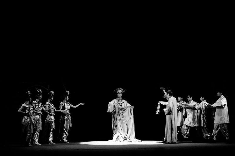 Blackandwhite Blackandwhite Photography Black And White Onthestage Stage Stagephotography Stage Photography Theater Theatre SICHUAN Opera Operahouse Drama