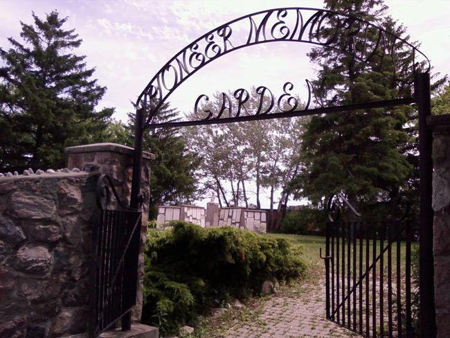Memorial Gate Day No People Outdoors Cemetery Photography Memorial Memorial Garden