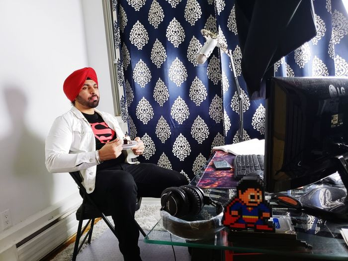 piece of cake Cake Red Indoors  Room Table White Sikh Turban Red Turban Superman Superboy Music Sitting Men