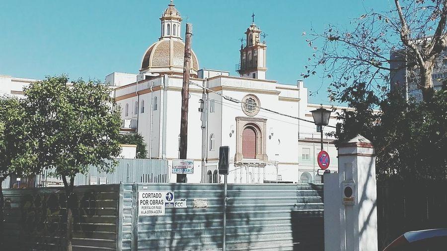 Hello World España🇪🇸 a las puertas del cielo Altura Churches My Town