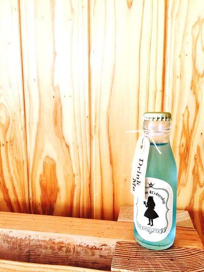 水曜日のアリス 瓶 Soda