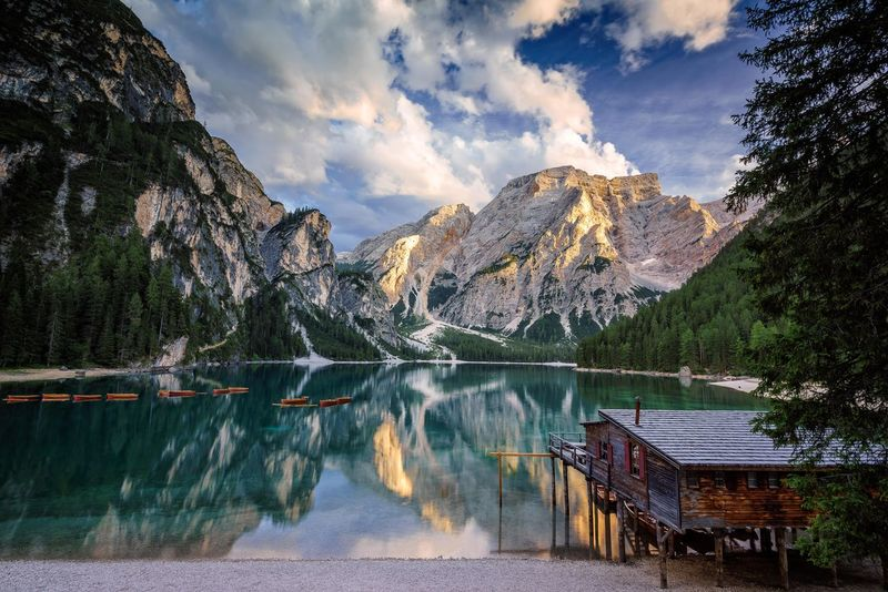 lago di braies, Pragser Wildsee Nature Boats Braies Lake Cabin Clouds Hill Lago Di Braies Lake Landscape Mountain Nature_collection Pragserwildsee Refelections Sky