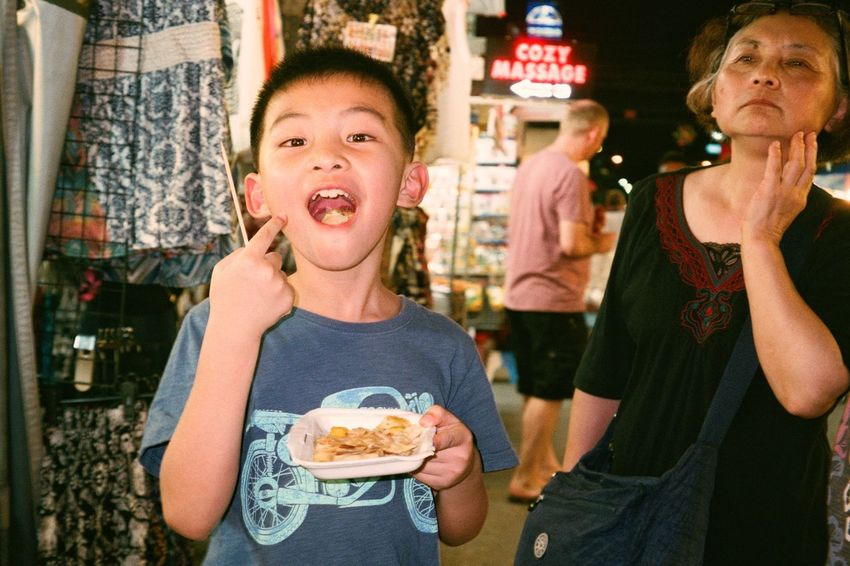 Eating Food People Night Outdoors Film Is Not Dead Night Market In Thailand Filmphotography Analogphotography Olympus Olympus Mju Film Photography Filmisnotdead Film Travel Agfa Hua Hin
