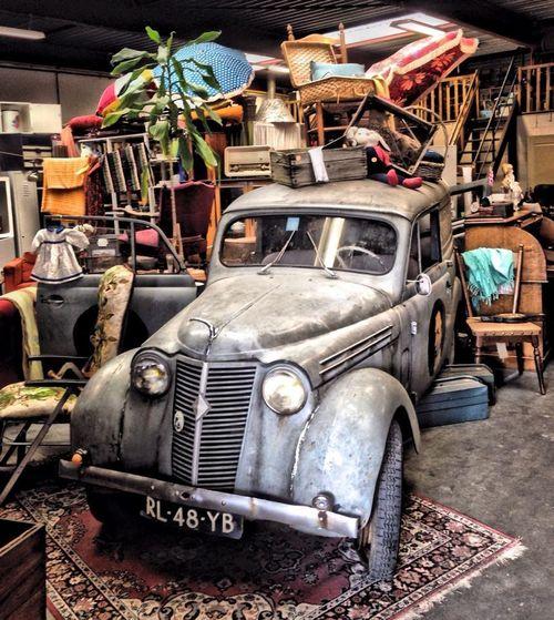 Secondhandstore Thrift Shop Antique Shopping Vintage Vintage Cars Old Car Classic Car