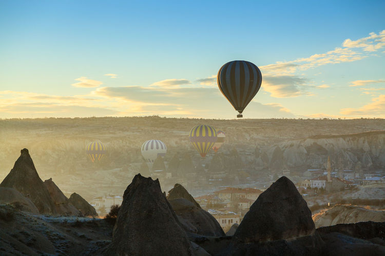 Colorful Flying Göreme Hot Air Balloon Morning Light Morning Sky Sky Sun Sunrise Tourism Travel Travel Destinations Turkey