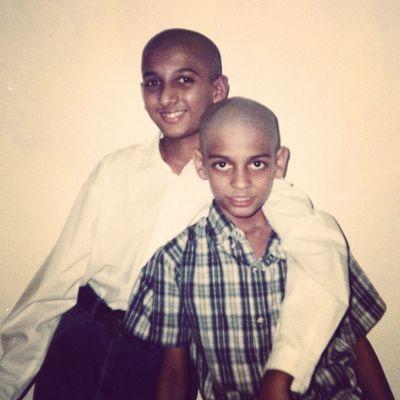 Me n Bro. Childhood Bald Taklu Mundu :D