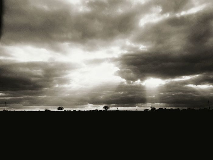 On the darkes hour there is light. Taking Photos Black & White Dark Photography Dark Art I Love The Night Check This Out Clouds And Sky