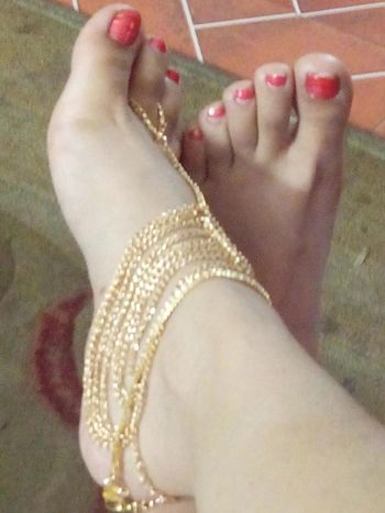 Anklet Golden Multiple Layers My Feet Red Toes Ethnic Look do u think so too? Chandigarh, India