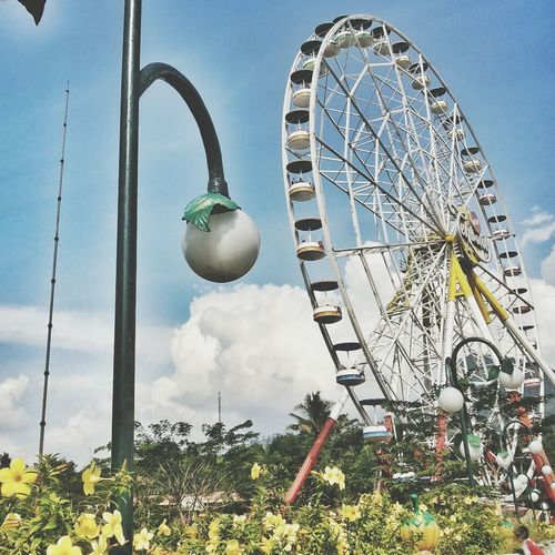the ferris wheels Park Sky And Clouds Nature Architecture