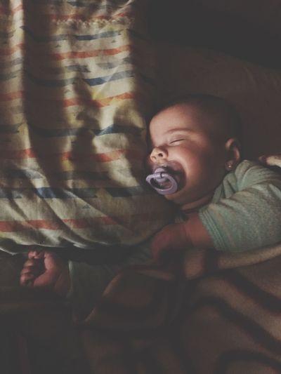 Nenequinha Comoeutevejo Detalhes Graça Nene Baby Iphone7cam Let's Go. Together.