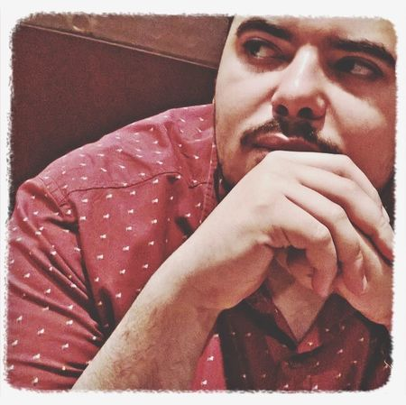 Me Rayan Looking_At_an_idea ! Selfie