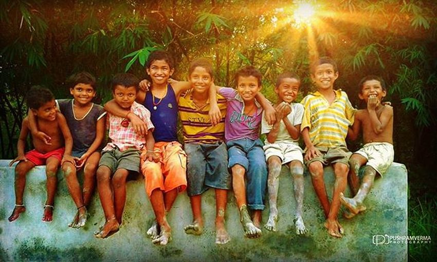 Happiness is... Smiling infront of Camera (Clicked with my Android device) India Photography Silenceofindia Cute Colorful People