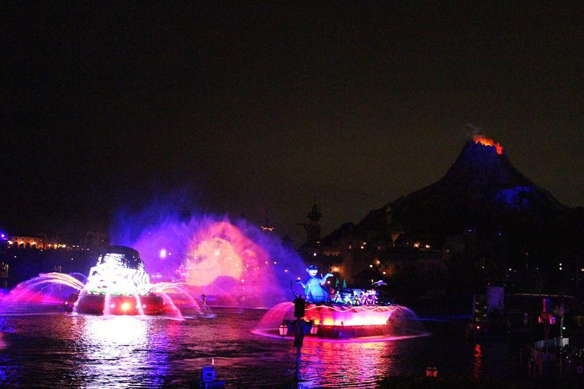 Disney Tokyo Tokyodisneysea Fantasmic Night Beautiful DisneySea Mickey Mouse Lionking Circleoflife Water Like4like Canonphotography