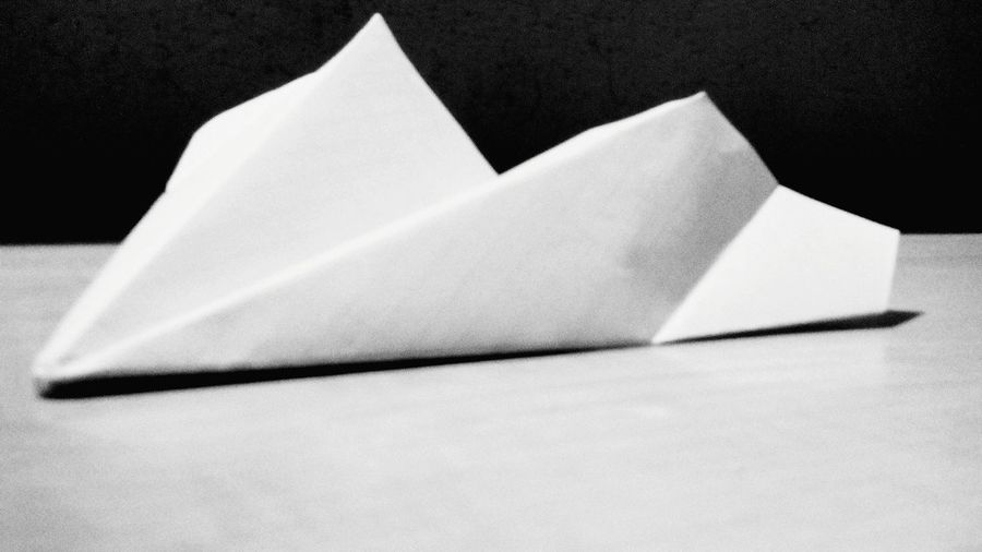 Paper Airplanes when i was a kid i just wanted to know how to make one of this so i could play with it Papertoy Papercraft Oldtimes Playing With Paper