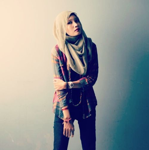 Photoshoot Hijabstyle  Photostudio This Is My Style really love it :)