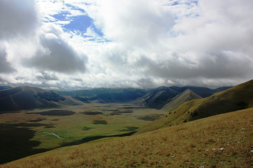 Traveling Italy Castelluccio Nature Mountains