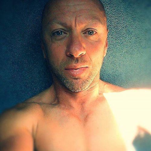 Self portrait Yogi Yoga Selfdevelopement Awareness Fitness Cycling Bodyweightexercises Raw Selfie Bermuda Islandlife