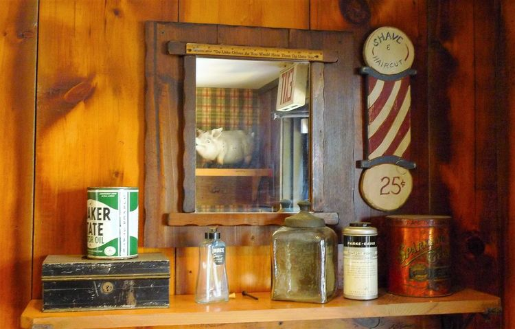 Barber Pole Home Oil Can Pig In Mirror Shelf Wood - Material