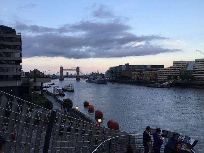 To an unforgettable evening!👑 Boyfriend Evening Birthday Date Birthday Sweet 16  London River Themes London Bridge Evening Sky IPhoneography Central City Of London