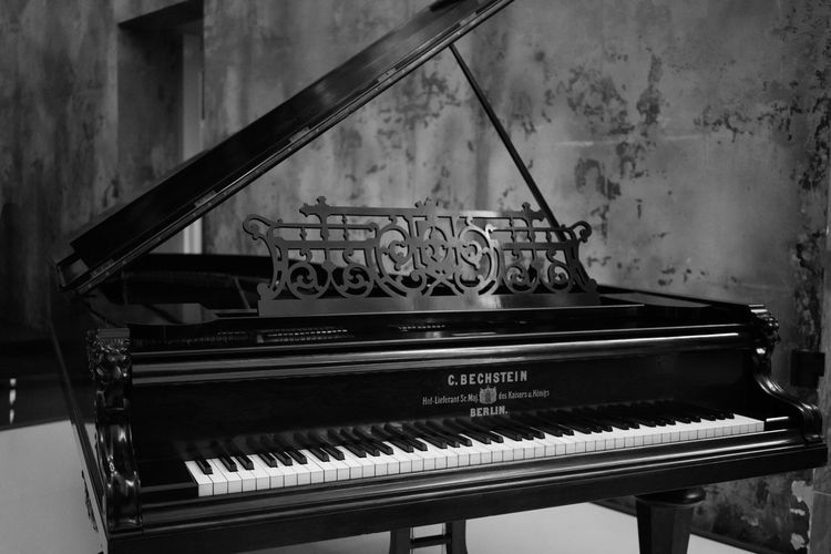 Classic Grand Piano Blackandwhite Classical Music Monochrome Photography Music Musical Instrument Piano Piano Keys Piano Moments