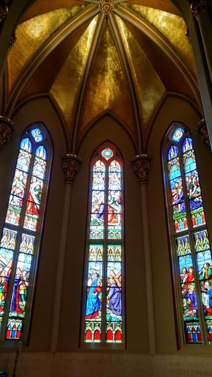 Multi Colored Stained Glass Place Of Worship Church Religion Spirituality Window Cathedral Arch Ceiling Architecture And Art Chapel Architecture Colorful Bacilica Notre Dame Notre Dame, Indiana Catholic Glass - Material Low Angle View Gold Blue Red Yellow Cultures