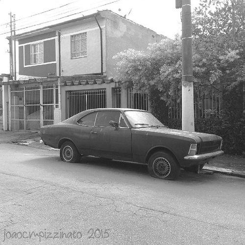 Opala Gm  Opala Car Oldtime streetphotography urban streetphoto_brasil blackandwhite city zonasul saopaulo brasil photograph