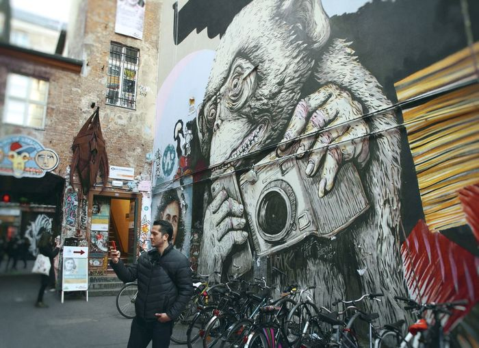 Behind You Architecture Art Berlin BestofEyeEm Bestoftheday Camera Germany Graffiti Hackeshermarkt Interesting Monkey Paint Perspective Scale  Streetphotography Wall