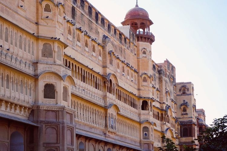 Maharadscha Palace EyeEm Selects Building Exterior Architecture Built Structure Low Angle View Travel Destinations Building
