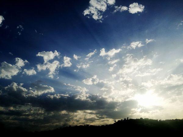 Sky Cloud - Sky Day Sunlight Clouds And Sky Cloud Sunshine Sun Nature No People Beauty In Nature Color Color Of Life Colors Of Nature Nature Soleil Soleil Couchant Nuages Et Ciel Nuages Beautiful Beauté Moment éphémère Contrastes Naturales Contraste