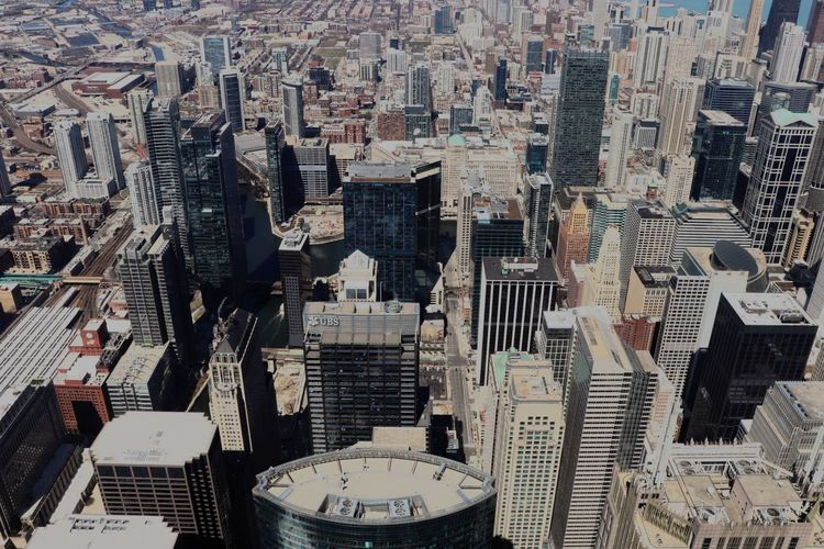 Chicago skyline Skyline Chicago EyeEm Best Shots EyeEmNewHere Architecture Building Exterior Built Structure City Cityscape Building High Angle View Tall - High No People Office Building Exterior Residential District Office Day Travel Destinations Financial District  Skyscraper Tower Modern