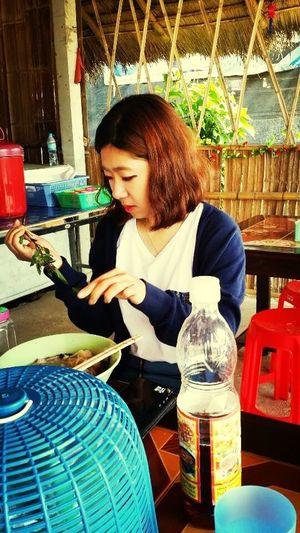 I like Thailand's Noodle! Oh, Mai Sai Phakchi!