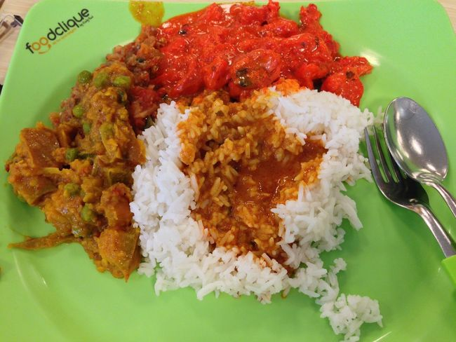 Chicken Close-up Food Food And Drink Freshness High Angle View Indian Food Indoors  No People No People, Plate Ready-to-eat Rice - Food Staple Serving Size Tikkamasala