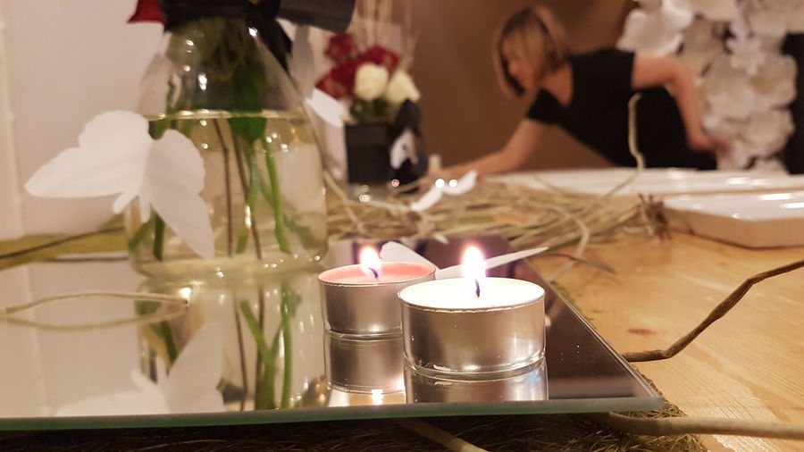 Light/fe must go on...... Newtonphotograph S7Edgecamera S7edgethailand Light Candles Woman Story Selectivefocusmode