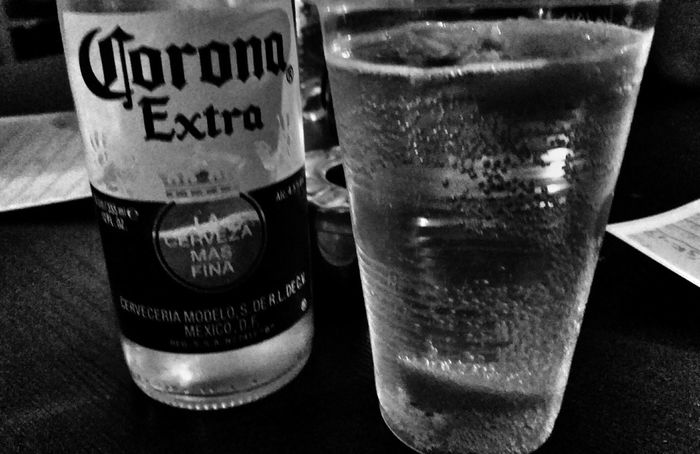 Cheers 🍻 Lifestyles For You ;-) Good Night, World... Enjoy The Moment Bnw_maniac AMPt-Android Taking Pictures Alcohol Drink From Where I Stand Beer Summertime For The Love Of Black And White Noir&blanc Showcase: June Out And About ♥ Let's Go. Together.