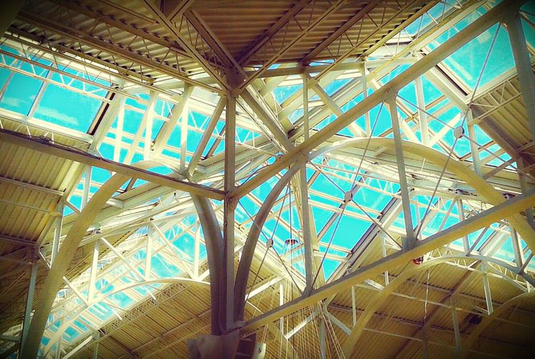 Geometric Art Architectural Detail The Mall Sunroof Taking Photos Check This Out Photos Around You Geometric Structures Samsungphotography Mobile Photography