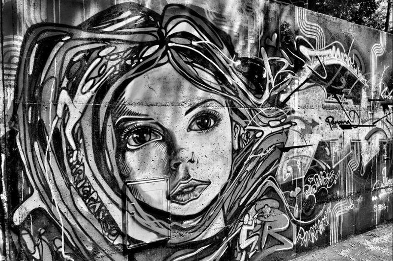 Streetphotography Graffiti Streetart Blackandwhite Nikon Tags & Bombs