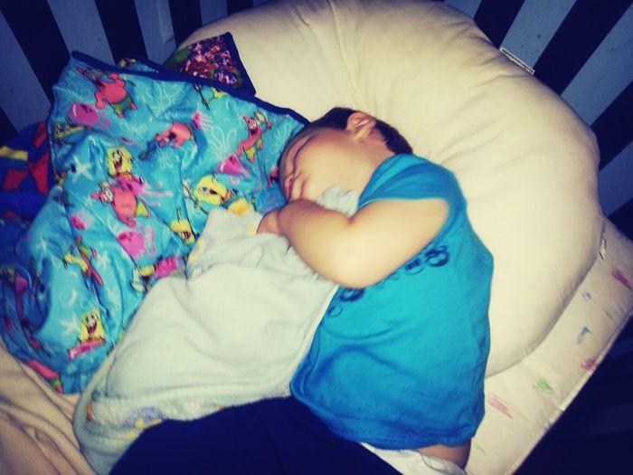 Lando sleeping <3