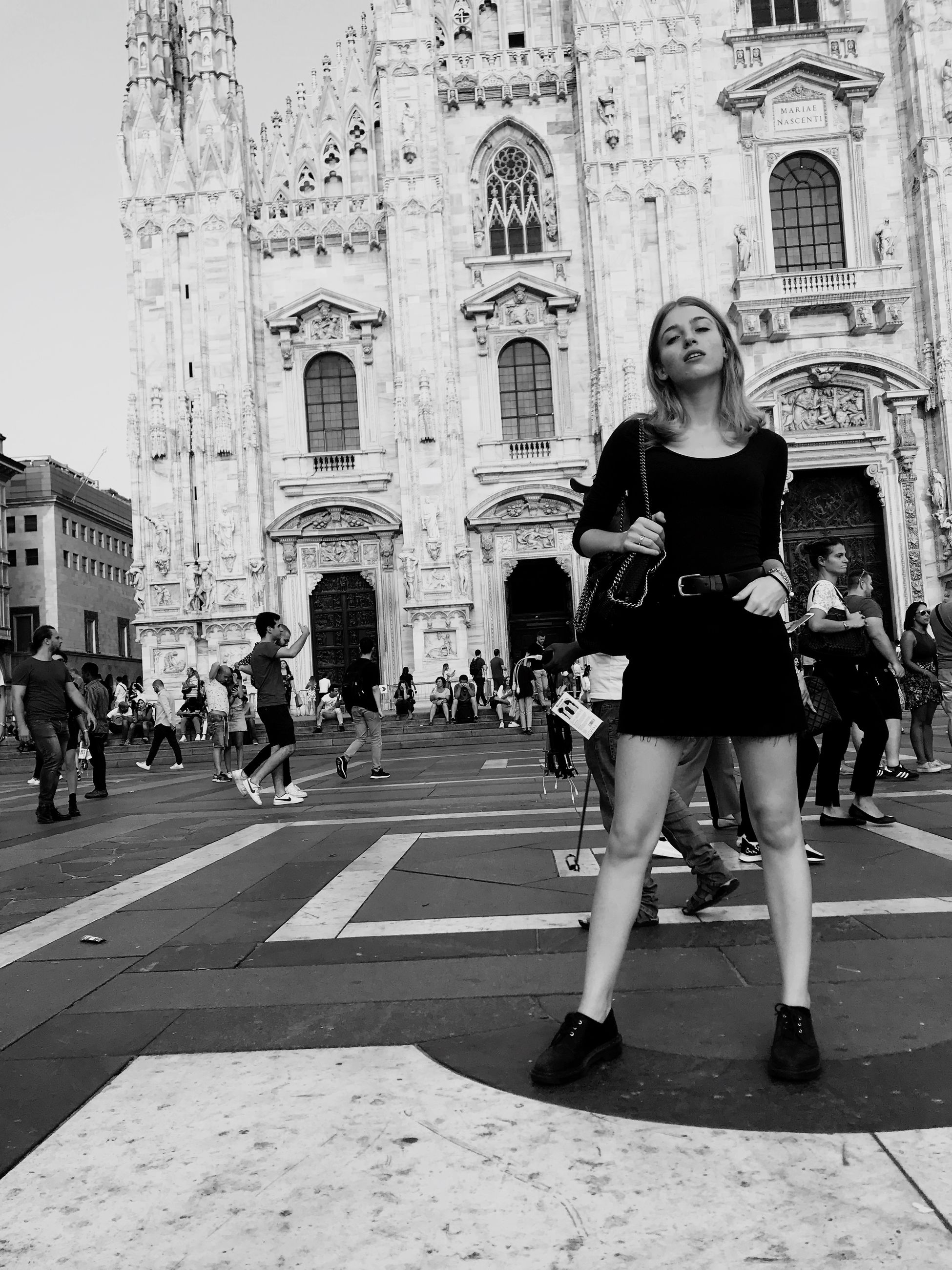 architecture, building exterior, built structure, real people, group of people, city, women, crowd, large group of people, adult, lifestyles, street, building, day, leisure activity, full length, place of worship, religion, men
